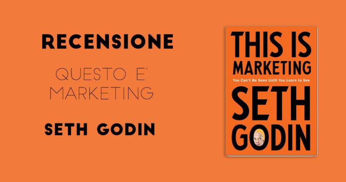 sfondo arancione con scritta recensione libro seth godin questo è il marketing